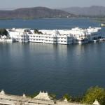 Wasserschloss: Sicht vom Stadtpalast