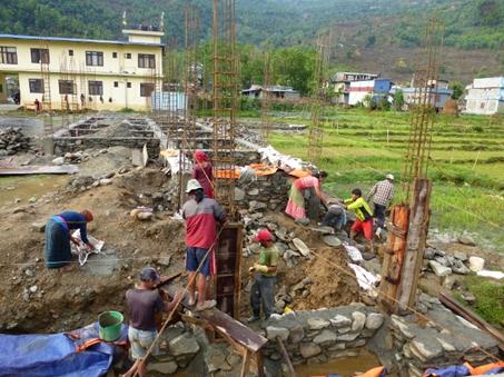 Baustelle der neuen, größeren Küche (mit Speisesaal) in der Klosterschule am Fewa-See