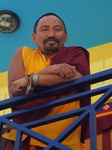 Mönch Trinley (er war erst Soldat und ist dann mit 40 Mönch geworden und unterrichtet tibetisch)