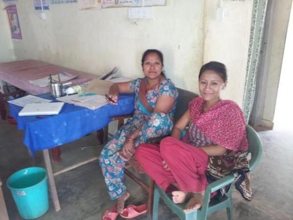 Team health post ohne Tila, die Hebamme