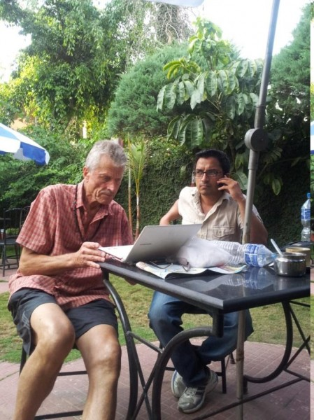 Herbert mit Dr. Bikhas in Kathmandu