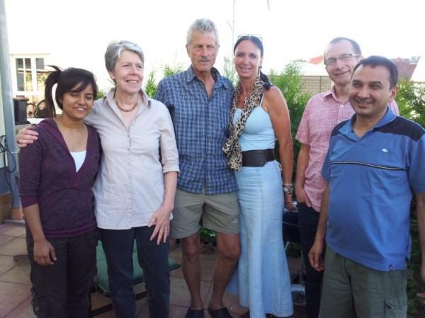 Gruppenbild:  ganz rechts Tanka Poudel, aufgewachsen in Bakhal / Nepal